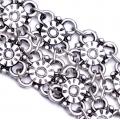 Накити с флорални орнаменти